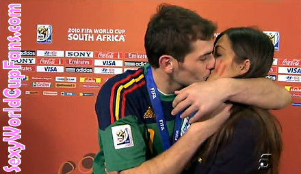 Should Iker Casillas Have Kissed His Girlfriend, Reporter Sara Carbonero, After World Cup Win?