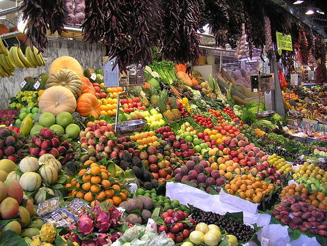 Fruit at La Boqueria in Barcelona - copyright Dongodung, Creative Commons