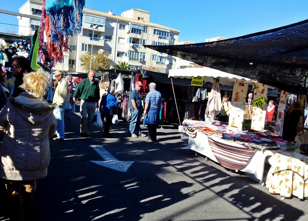 What to Buy at the Sunday Market in Albir, Spain